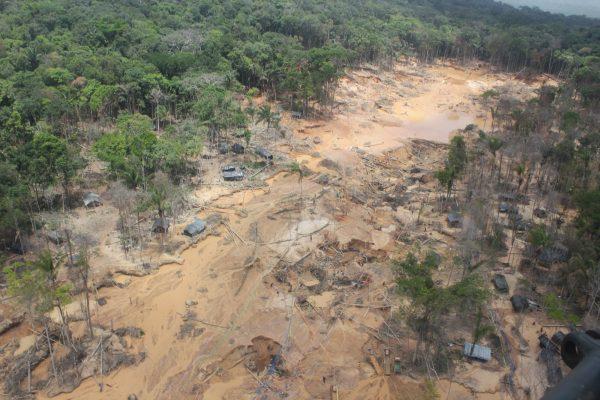 Caño-Tonoro-en-el-Alto-Paragua-Minería-Ilegal-2-11