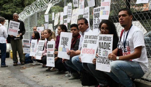PERIODISTAS PROTESTA MORGUE BELLO MONTE