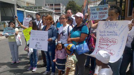 Protesta-Farmacia-Costo-Ruices-Daniela_NACIMA20160825_0043_6